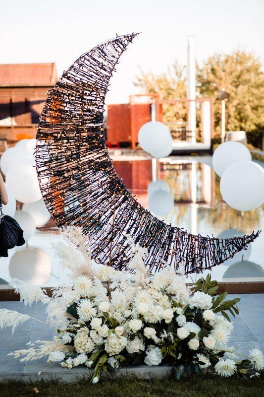 haraszthy dekor félhold esküvődekor etyeki esküvő rabloczky andras hochzeit daalarna couture